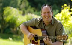 Frank Haunschild Summerjazz web